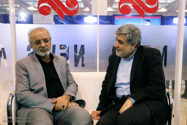 حسن خجسته در در غرفه خبرگزاری مهر در چهارمین روز بیست و دومین نمایشگاه مطبوعات و خبرگزاریها-2