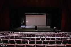 نبود زیرساخت و فقدان تالارهای نمایشی در البرز/ اقتصاد هنرمورد توجه باشد