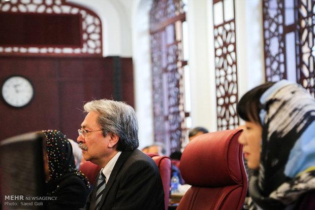 هونغ كونغ مستعدة لتعزيز العلاقات الاقتصادية مع ايران