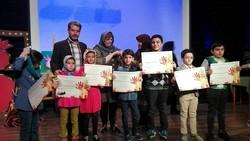 ردپای فرهنگ ایرانی در نقاشی کودکانش دیده می شود