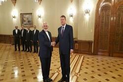 ظریف و رئیس جمهور رومانی