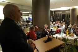 ایرانی وزیر خارجہ کی رومانیہ میں مقیم ایرانیوں سے ملاقات