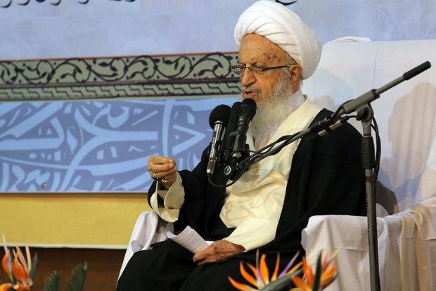 حوزه علمیه برای جانباختگان حادثه هوایی مراسم ترحیم برگزار کند