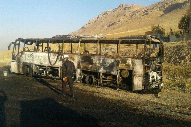 اتوبوس مسیر شیراز به خورموج طعمه حریق شد ,