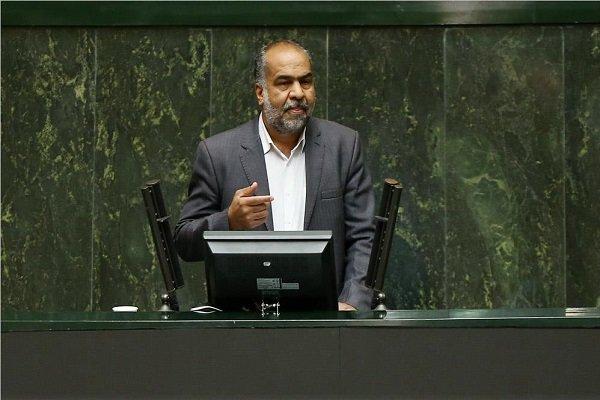 استقلالیها وارد تهران شدند