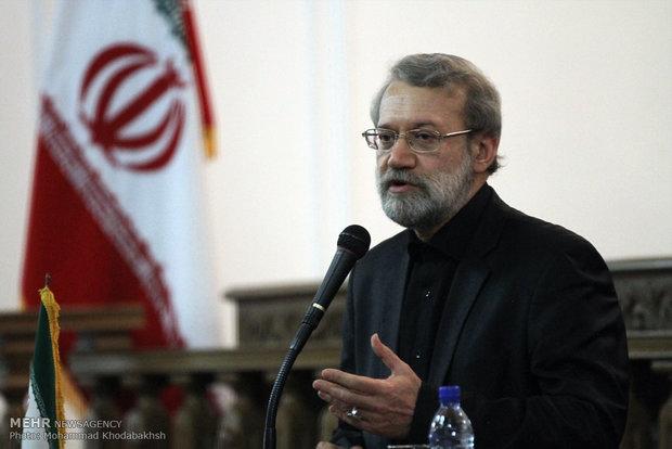 لاريجاني: الطبقة العمالية هي من تحول دون تحقيق أحلام أمريكا في ايران