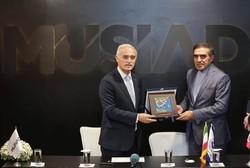 ايران وتركيا توقعان مذكرة تفاهم في مجال التعاون التجاري