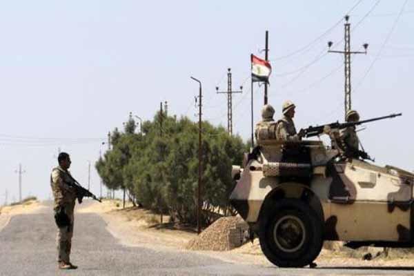 تنظيم داعش يعلن مقتل و اصابة 20 جنديا مصريا في سيناء