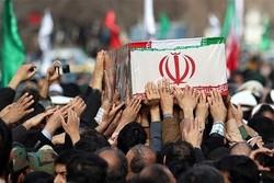 آئین تشییع پیکر شهید مدافع وطن در خمین برگزار شد