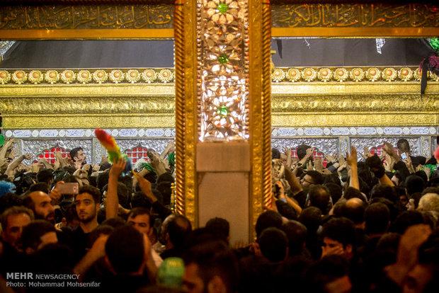 مرقد الامام علي (ع) في النجف الاشرف على اعتاب زيارة الاربعين