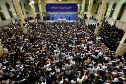 دیدار مقام معظم رهبری با مردم اصفهان