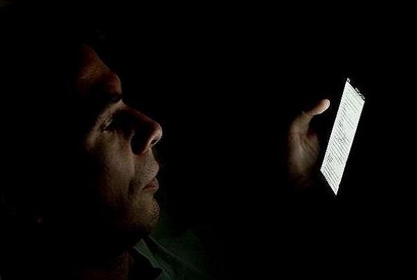 اسمارت فون ها موجب خستگی بیشتر و بهره وری کمتر افراد می شوند