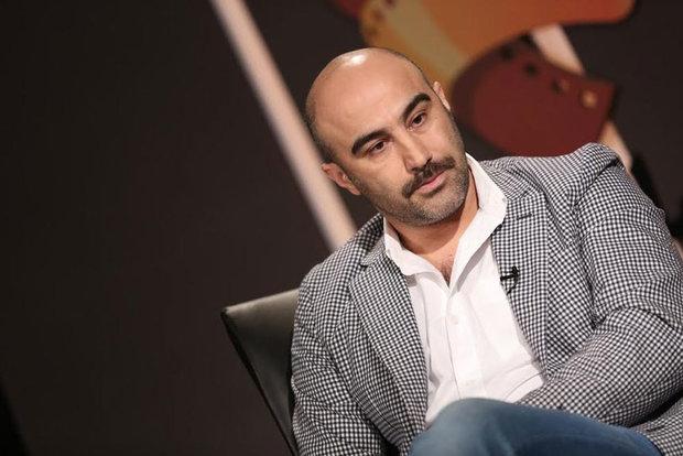 محسن تنابنده «قسم» را به تنهایی کارگردانی میکند