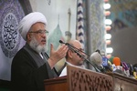 رهبران کُرد طبق قانون اساسی با دولت مرکزی عراق همکاری کنند