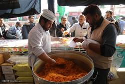 اطعام ۷۰۰ هزار نفر در پیادهروی اربعین از طرف امامزادگان یزد