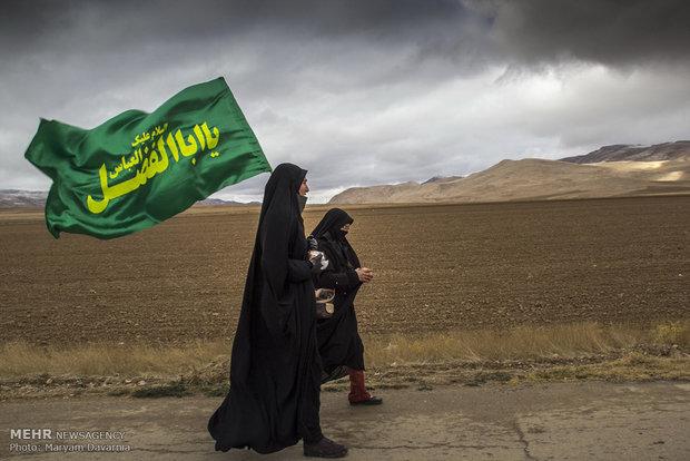 حرکت زائران پیاده امام رضا (ع) از بجنورد به سوی مشهد