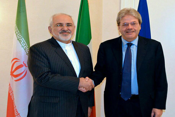 Italian FM holds phone talk with Iranian counterpart