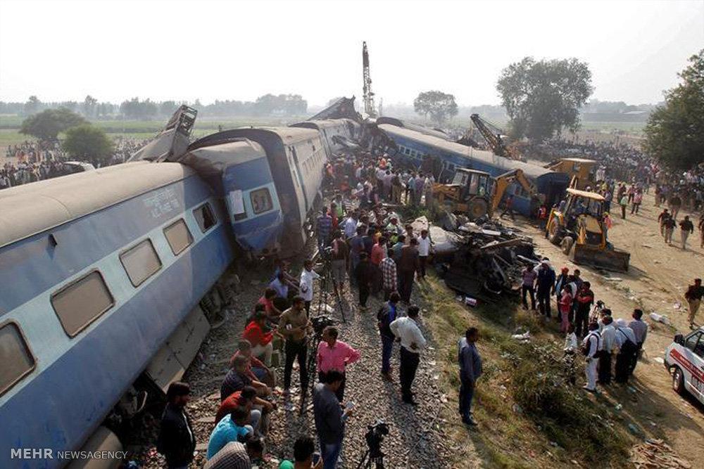 خروج قطار از ریل در هند