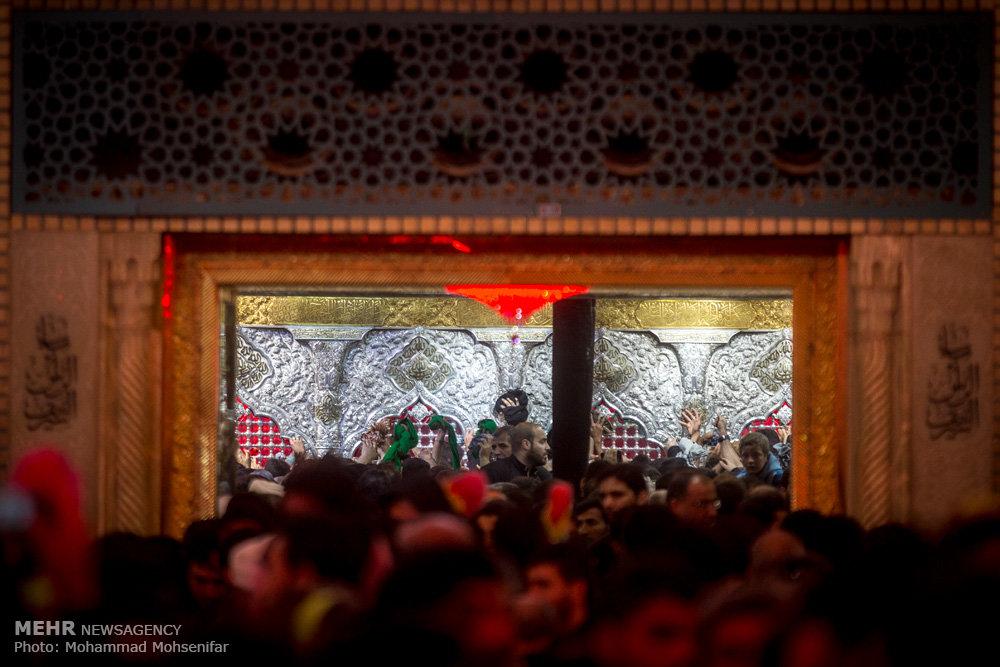 اربعین حسینی در کربلای معلی / راهپیمایی اربعین ۵۳