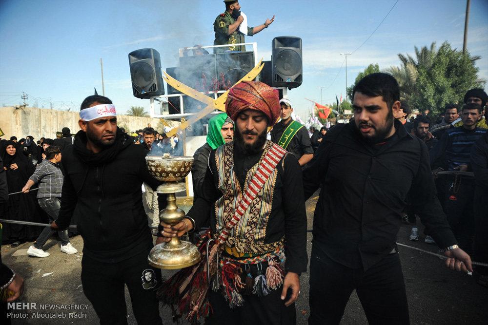 حال و هوای کربلای معلی در ایام اربعین حسینی / راهپیمایی اربعین ۵۴