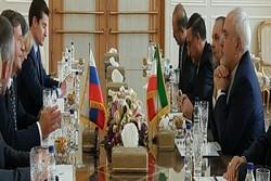 ظريف يستقبل نظيره السلوفيني في طهران