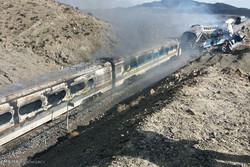 اصطدام قطارين في سمنان جراء حادث مروع /فيديو