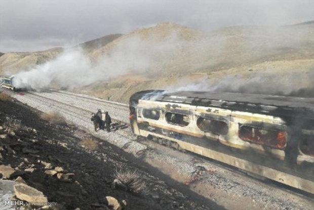 26 قتيل و 70 مجروح في تصادم قطارين في سمنان