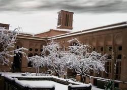 برف يزد