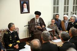 دیدار جمعی از فرماندهان و مسئولان نیروی دریایی ارتش با رهبر انقلاب