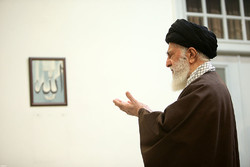 Navy commanders and officials met with Ayatollah Khamenei