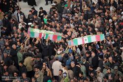 تشييع جثامين 14 شهيدا من شهداء الحلة في محافظة خوزستان