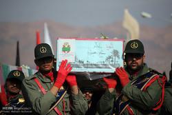 پیکر دو شهید گمنام در «درح» تشییع و خاکسپاری شد