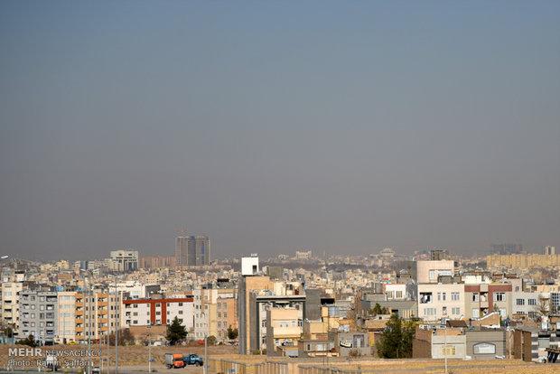 تشدید آلودگی هوا در تبریز/ هوا برای تمام گروه های سنی ناسالم است