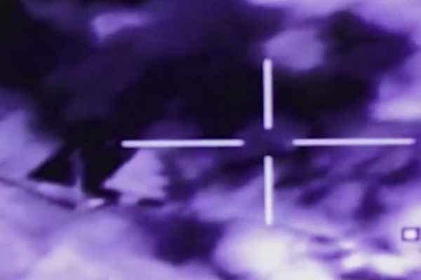 فیلم/حملات موثر نیروی هوایی عراق به مواضع داعش در موصل