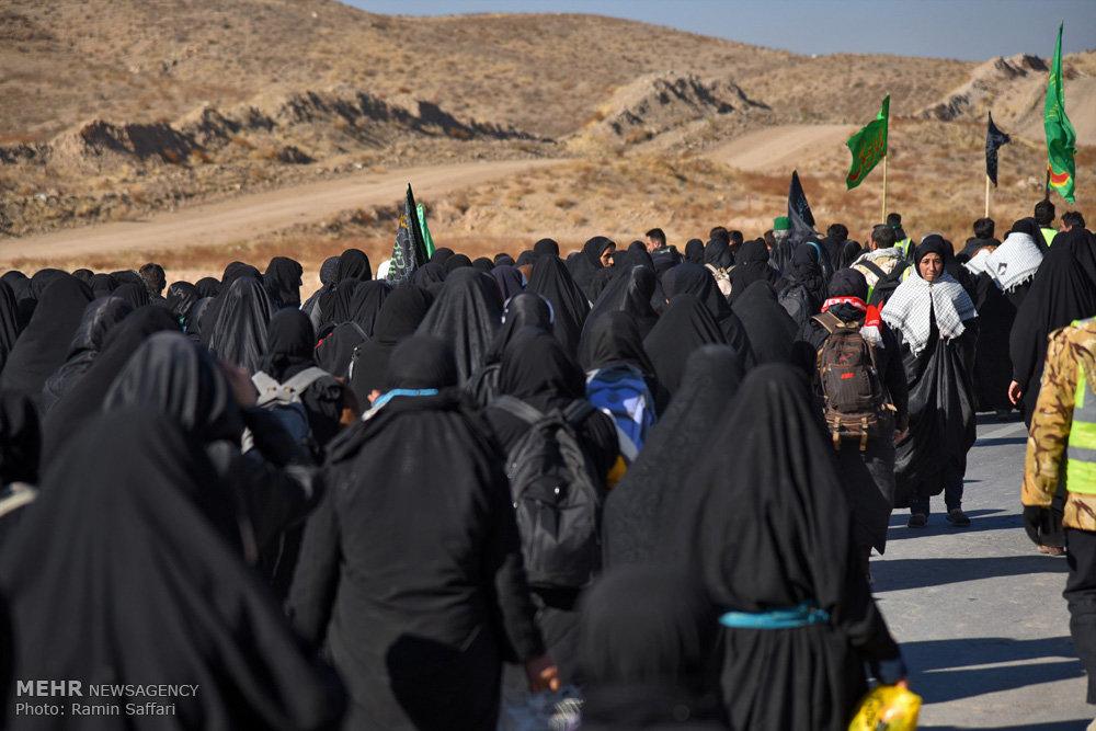 تصاویر هوایی پیاده روی زائران امام رضا (ع)