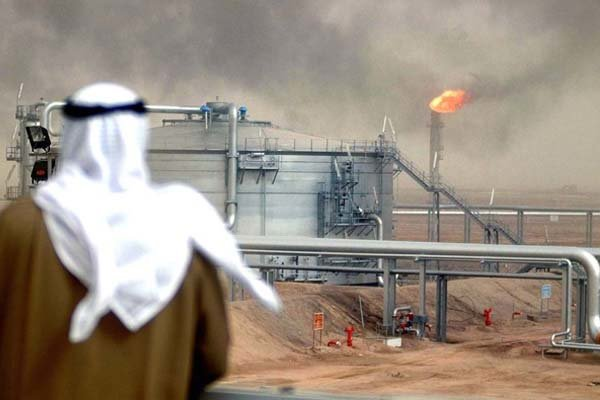 Economic Expert Discloses US-Saudi Arabia Agreement on Yemen's Oil