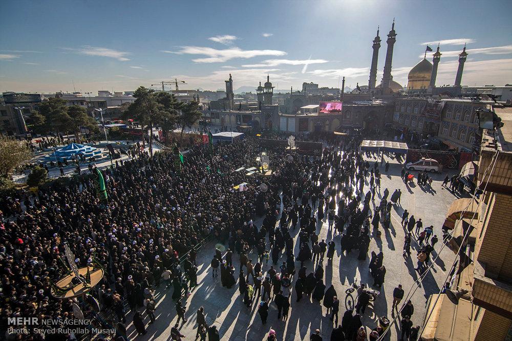 مراسم تشییع پیکر مطهر ۷ شهید مدافع حرم در قم