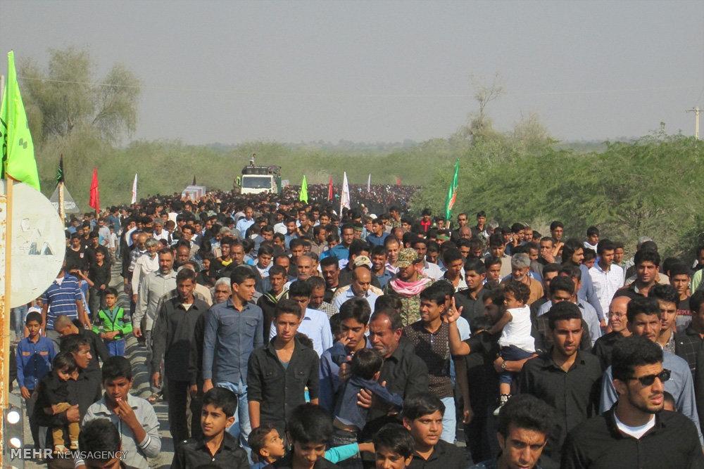 مراسم تشییع پیکر پاک دو شهید گمنام دفاع مقدس در شهرستان میناب