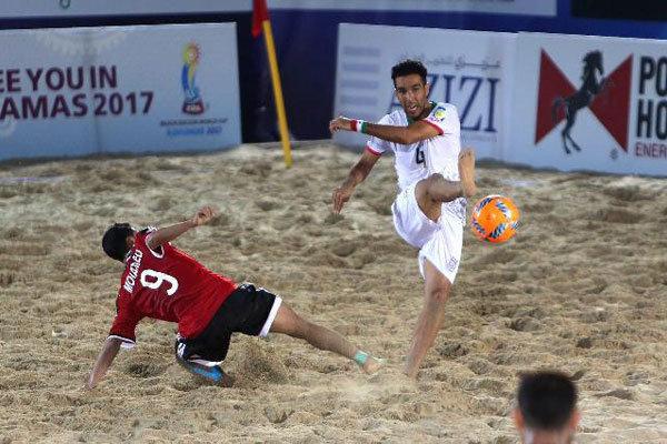 ایجاد زمین جدید فوتبال ساحلی در جوار دهکده گردشگری بوشهر