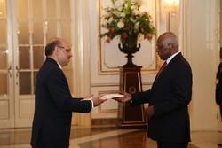 سفیر آنگولا