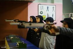 مخيم رياضة الرماية للشابات واليافعات في محافظة كلستان/صور
