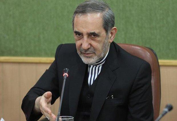 ولايتي : ايران تعارض بشدة مشاركة امريكا في مفاوضات آستانا