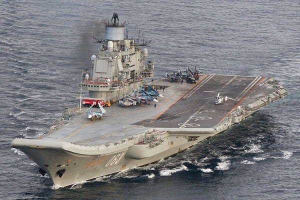 عکس کشتی جنگی ناو