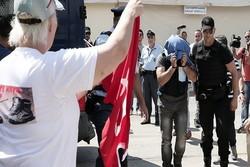 یونان کا ترک فوجی اہلکاروں کو واپس نہ بھیجنے کا اعلان
