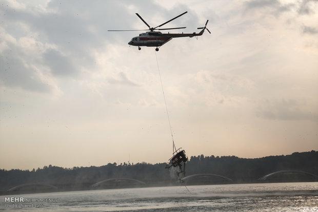 پاکستانی  بحریہ کا ہیلی کاپٹر گر کر تباہ /ایک اہلکار جاں بحق