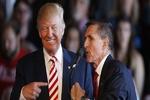 فلین، ترامپ را به سمت درگیری با ایران می برد