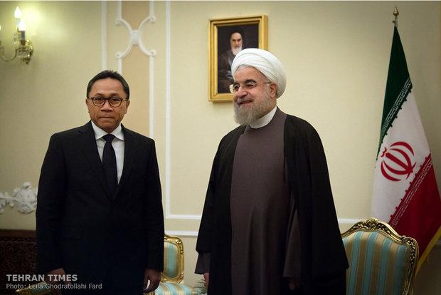 Rouhani, chairman of Indonesian MPR meet in Tehran