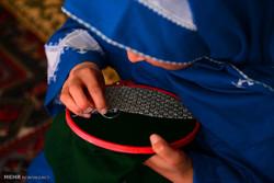 سوزندوزی زنان هزارستان