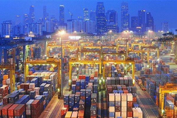 کارنامه تجارت خارجی ایران در سال۹۵/مشتریان عمده کالاهای ایرانی چه کشورهایی بودند؟