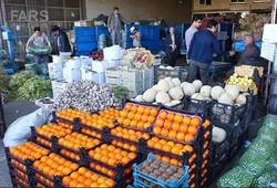 عرضه گسترده میوه در بازار/ مردم گران نخرند